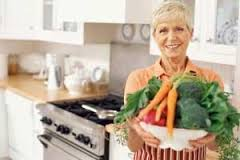 Boulder Eye Care & Surgery Center Doctors Lady with vegetables - How To Avoid Getting Cataracts