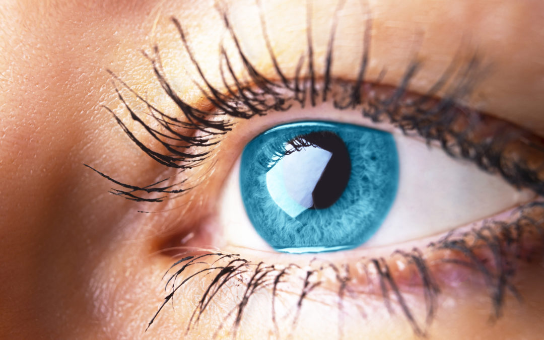 ECC – Eyelash Extensions: Are They Safe?